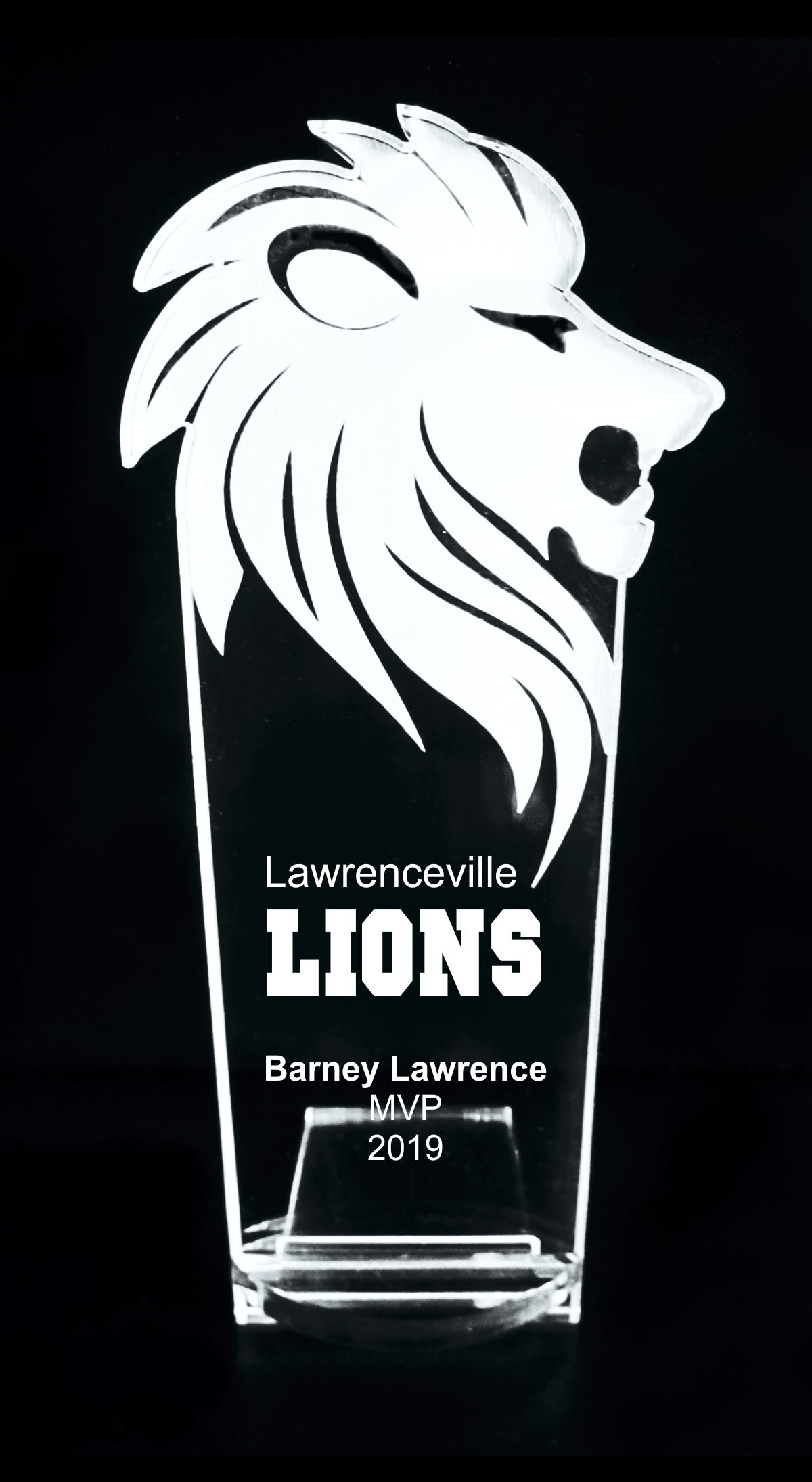 VALUE LINE Lion Acrylic Trophy Award